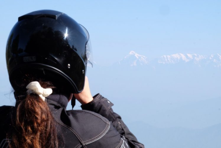 """Første glimt av Himalayas snødekte topper. Tirsdag på """"Det beste av Himalaya"""""""